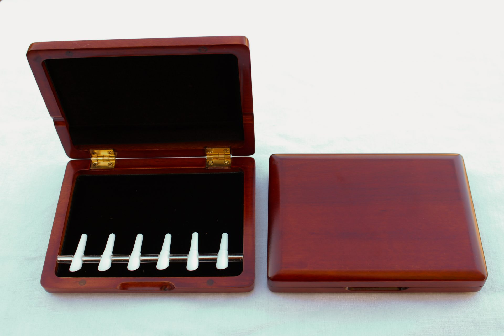 Yibuy Wood Bassoon Reed Case Holder for 6 PCS Reeds with Green Silk Satins
